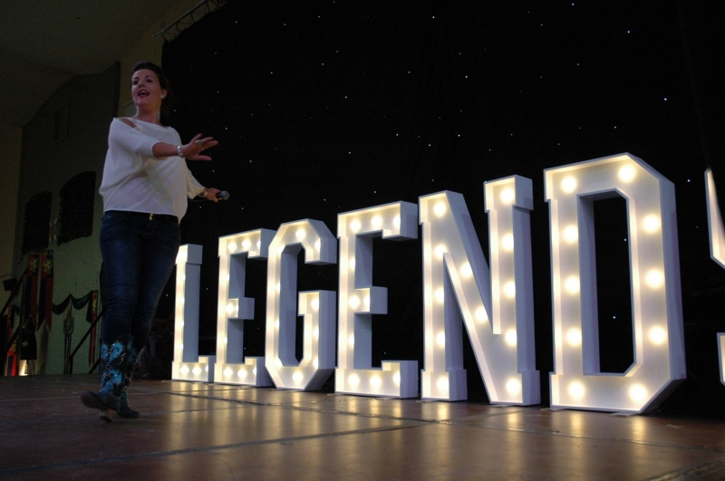 LEGENDS illuminated letters with line dancer